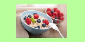 Die Ideen zum Frühstück gehen Dir aus? Hafer - Vanille - Porridge - Frisches Obst liefert Dir wichtige Vitamine für Deinen Stoffwechsel.